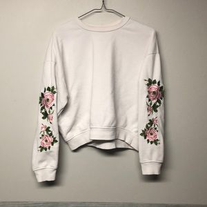 Forever 21 Crop Rose Sweater